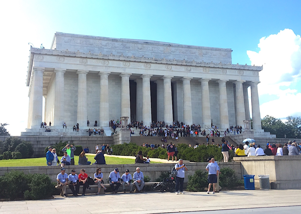 The Lincoln Memorial is open 24 hrs (so you can visit in the evening)